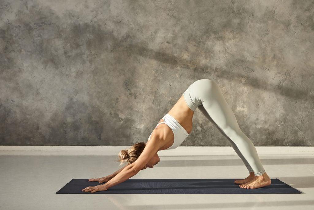 bai-tap-yoga-buoi-sang