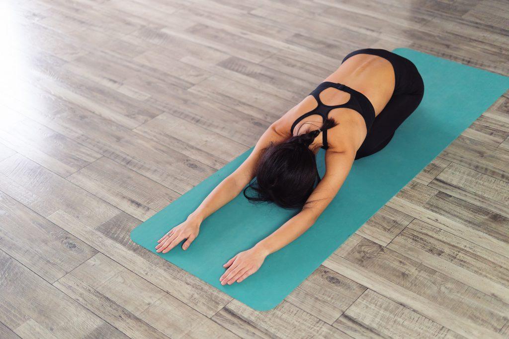 tu-the-em-be-yoga-buoi-sang